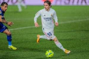 Luka Modric ist bereit, sein Gehalt drastisch zu reduzieren, um bei Real Madrid zu bleiben