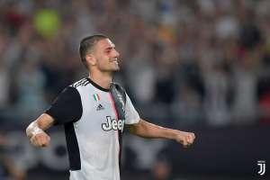 Il difensore della Juventus combatte il coronavirus