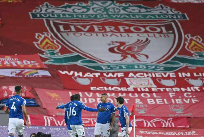 Everton deepens Liverpool crisis after historic victory at Anfield