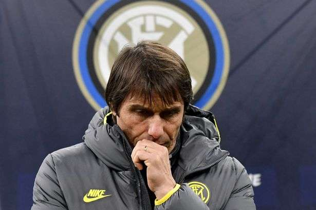 Deux points positifs pour COVID-19 à l'Inter ont annulé la conférence de presse de Conte