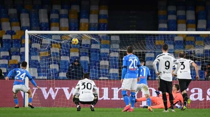 Napoli kniete Juventus auf die Knie
