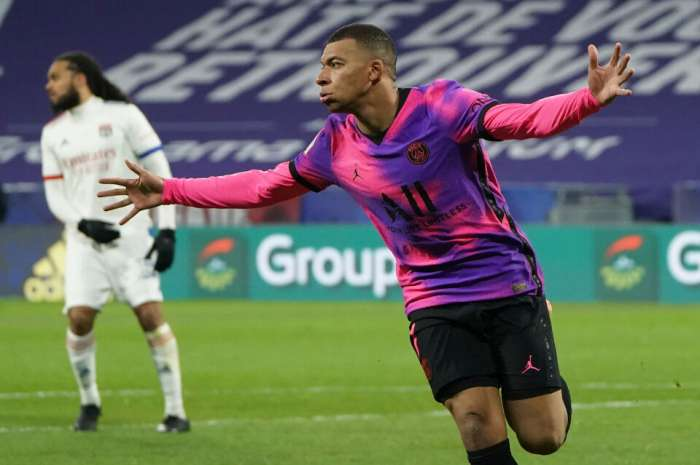 Mbape está escribiendo historia en la Ligue 1