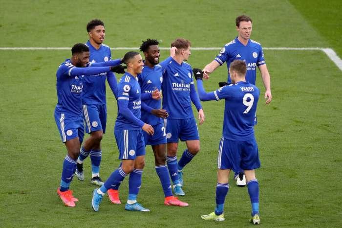 Leicester venció a Sheffield e Iheanacho con un hat trick