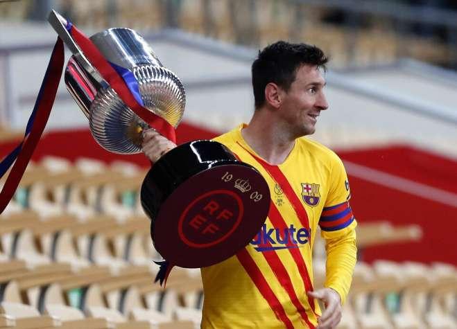 Messi: è molto speciale essere un capitano in questa squadra, in cui gioco tutta la vita