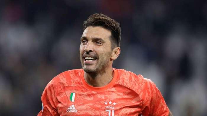 La Juventus premia Buffon con un nuovo contratto