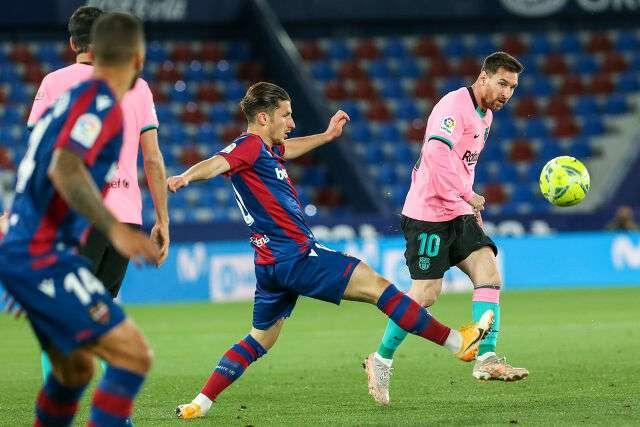 巴塞羅那在一場引人注目的抽籤後向冠軍揮手告別
